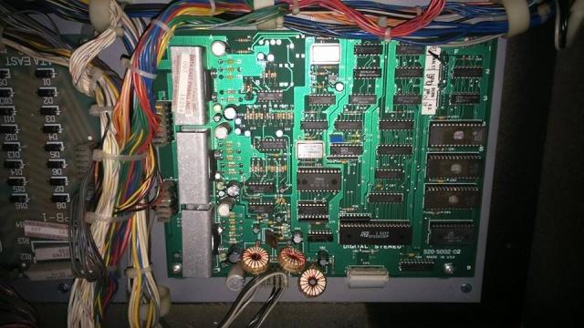 panne sur flipper Robocop Data East - Page 3 10929012