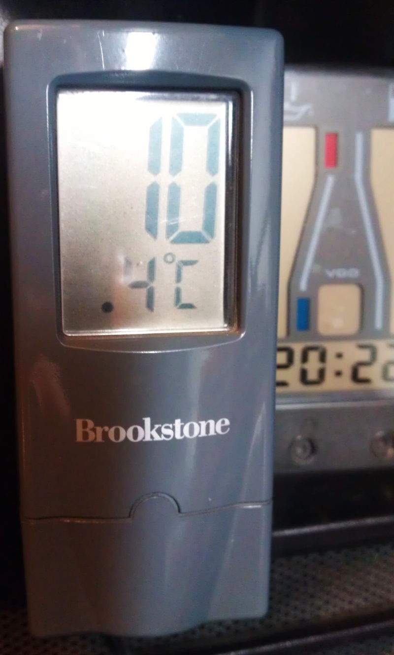 Air Temperature gauge Imag1016