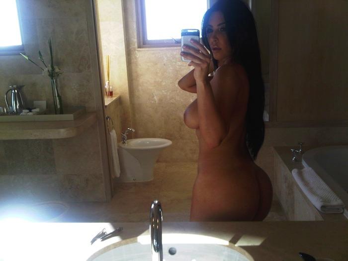Nove fotografije gole Kim Kardashian  2-nue-10