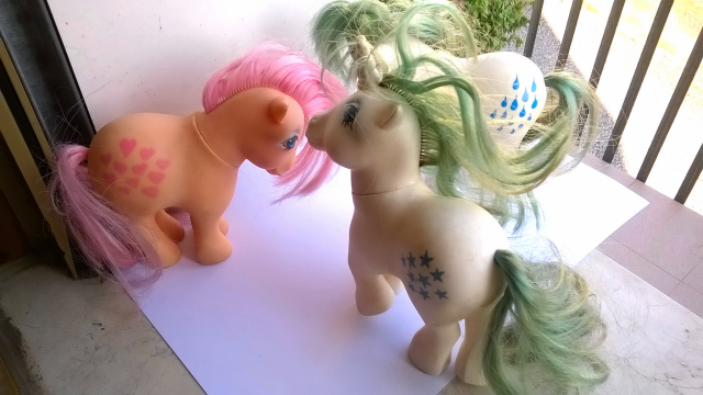 vendo mini pony HASBRO MADE ITALY 1982 110