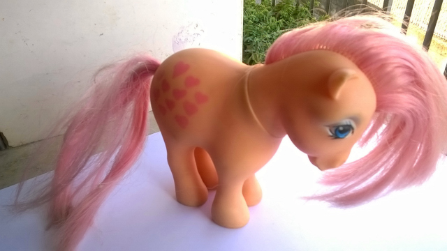 vendo mini pony HASBRO MADE ITALY 1982 410