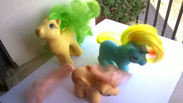 vendo mini pony HASBRO MADE ITALY 1982 910