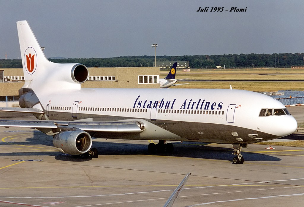 L-1011 in FRA - Page 3 19950710