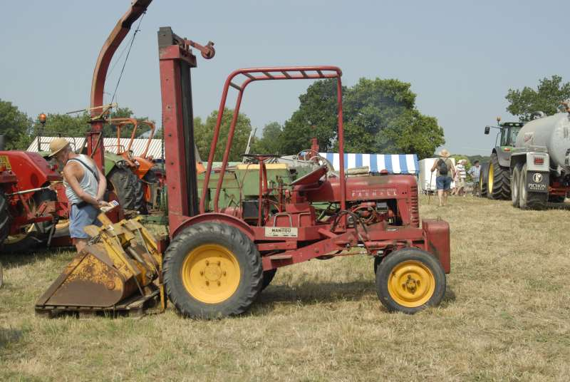 Expo tracteurs à Frossay (44) 1317_w10