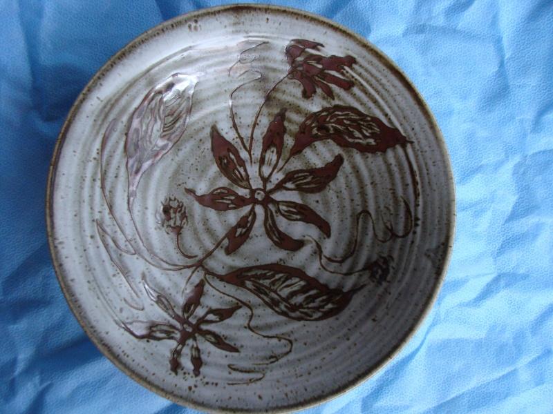 Three bowls Dsc05224