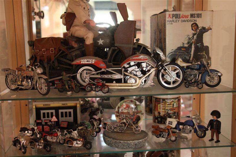Jouets, jeux anciens et miniatures sur le monde Biker - Page 5 Img_0220