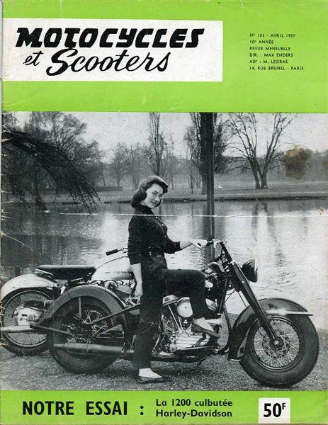 Couvertures de magazines et livres - Page 5 Motocy10