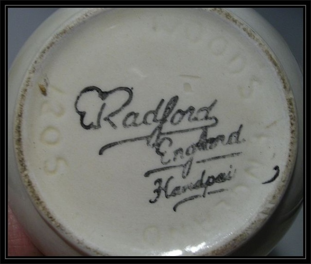 Radford pottery by H J Wood / Wood & Sons (Woods). Pb-rad12