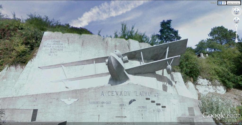 Monument du Latham 47 à Caudebec-en-Caux, Seine-Maritime - France.  Latham11