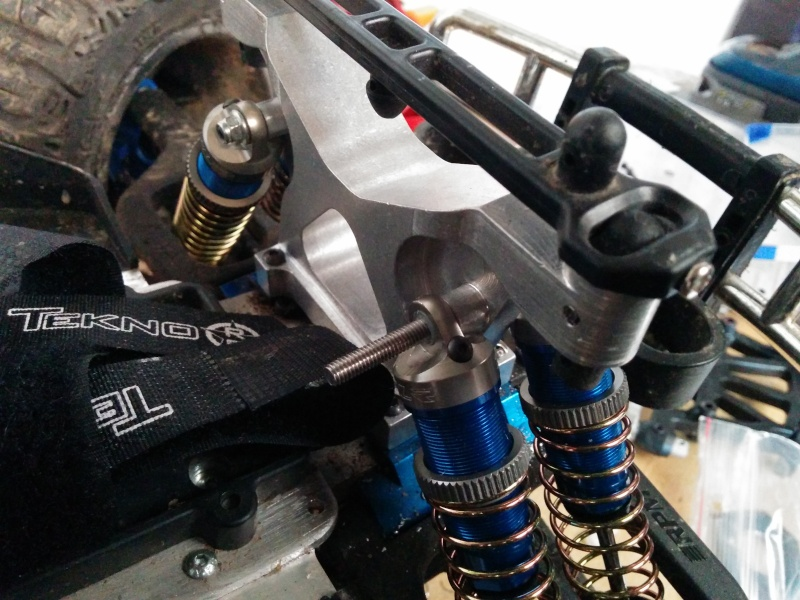 Mon Team Associated RIVAL - Page 8 Img_2012