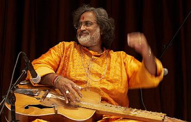 Musiques traditionnelles : Playlist - Page 10 Mohan10