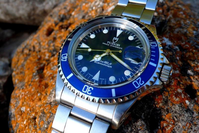 Studio sub : aimez vous les montres bleues? Tudor_10