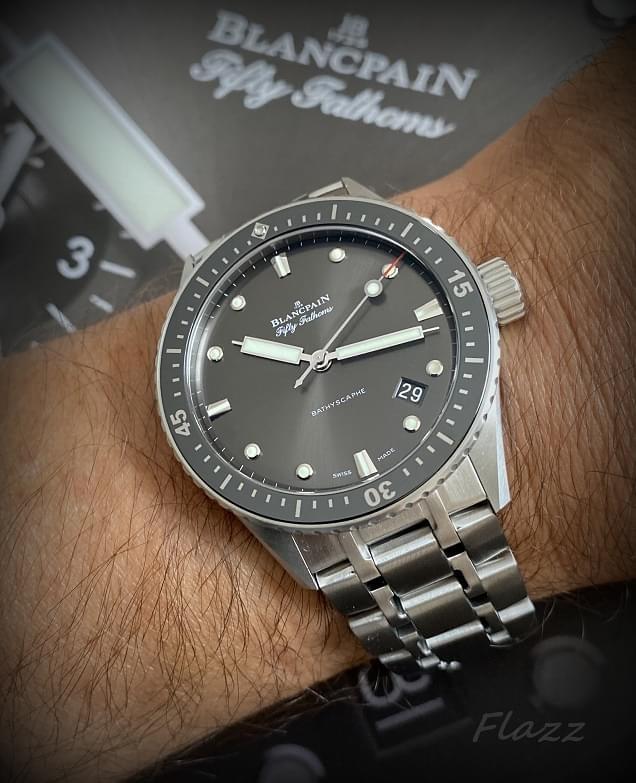 Votre montre du jour - Page 20 Img_3821