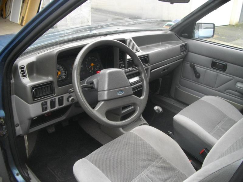 Ma Ford Escort 1.3 GL de 1983 et ses 8.000 kilomètres Imgp4411