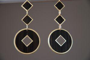 Boucles d'oreilles, boutons de manchettes, métal, bois à quatre mains Dsc_0023