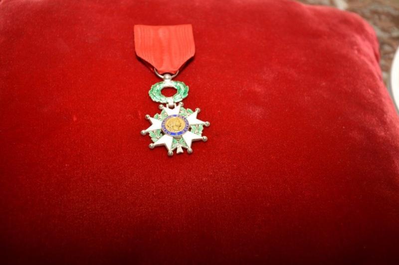 rmise de la légion d'honneur à Sergio A Moirano 10868110