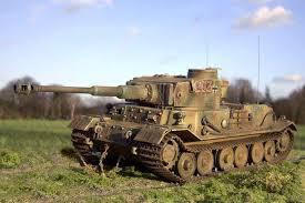 Panzer VI Tiger (P) (All.) - 1/2015 Cha112