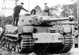 Panzer VI Tiger (P) (All.) - 1/2015 Cha212