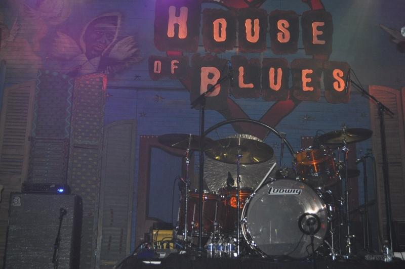 MARDI GRAS IN NEW ORLEANS 12/02 Led Zeppelin 2 House of Blues Dsc_0010