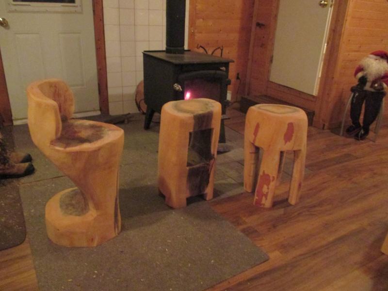 Mon atelier de meubles de  bois massif 00710