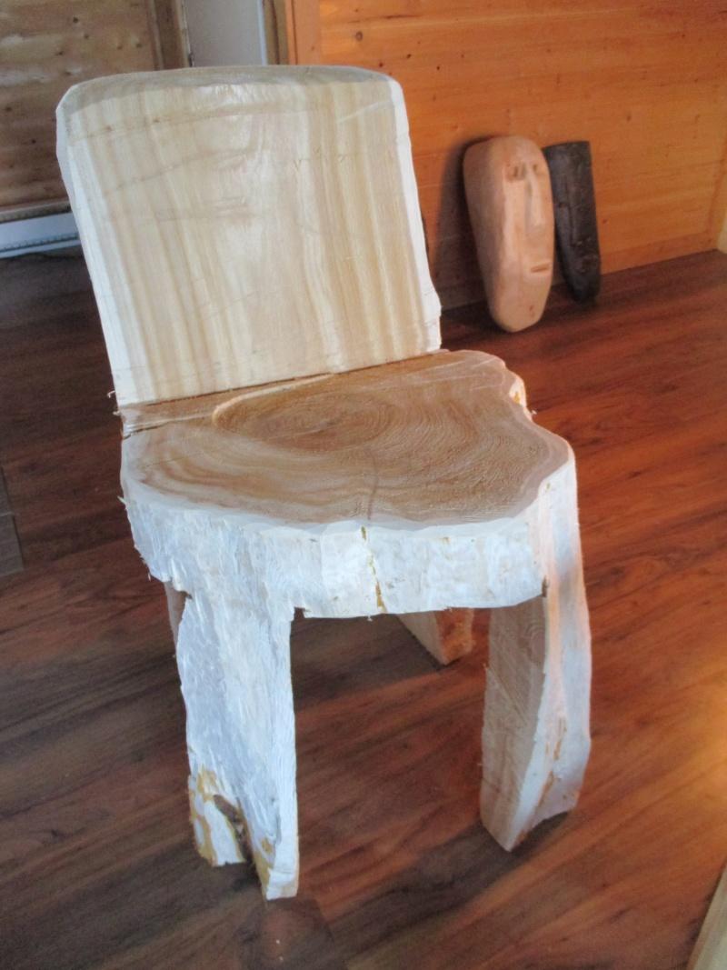 Mon atelier de meubles de  bois massif 01410