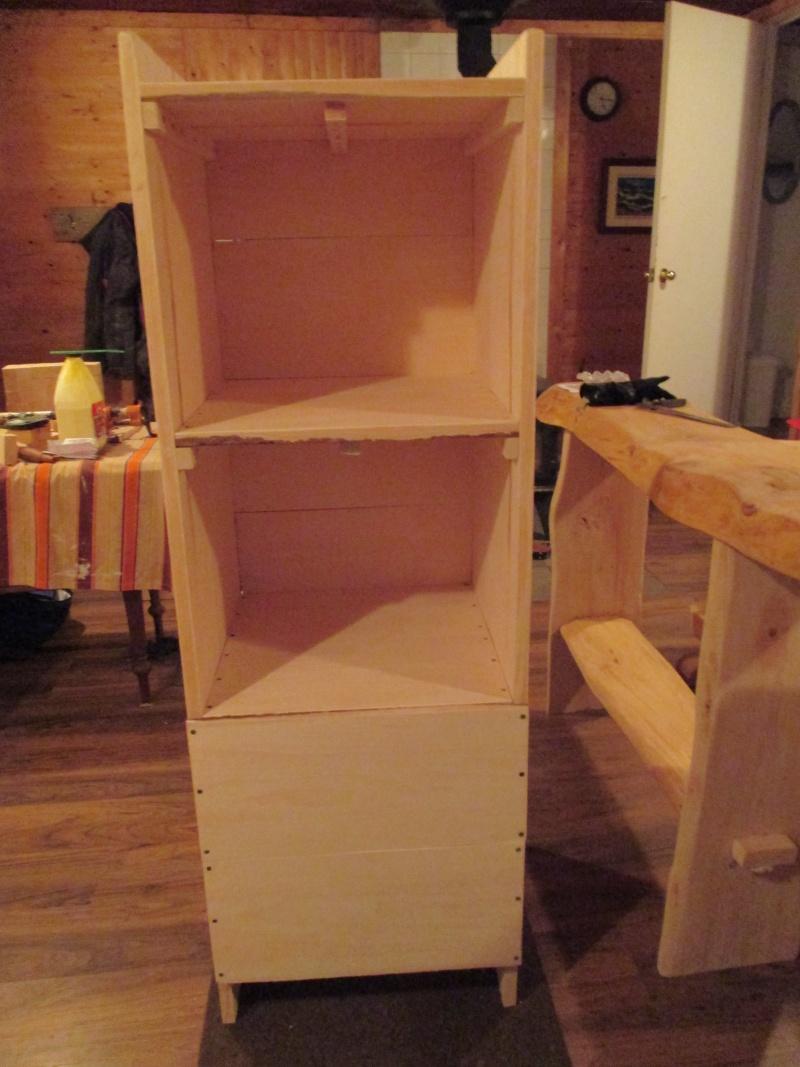 Mon atelier de meubles de  bois massif 01610