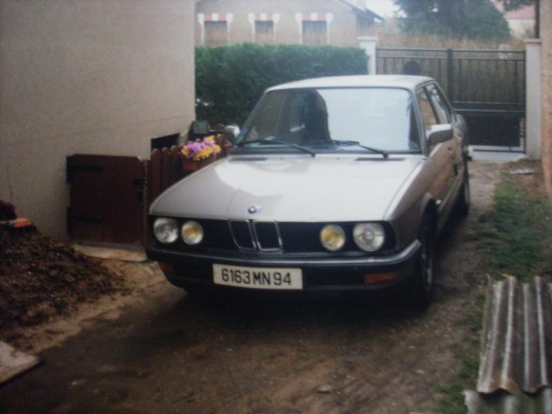 MIA automobile BMW E32 730i v8 1993 Sl380248