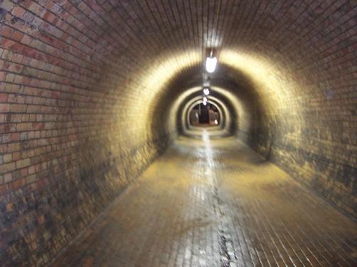 Der Abwasserkanal - Seite 3 100_2910