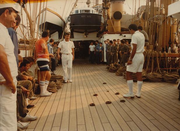 Il mio primo cantiere navale, Amerigo Vespucci, scala 1/100 DeA - Pagina 2 Avespu10