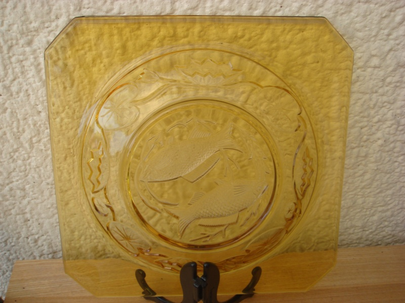 colored glass plates..fish design ?? Copied48