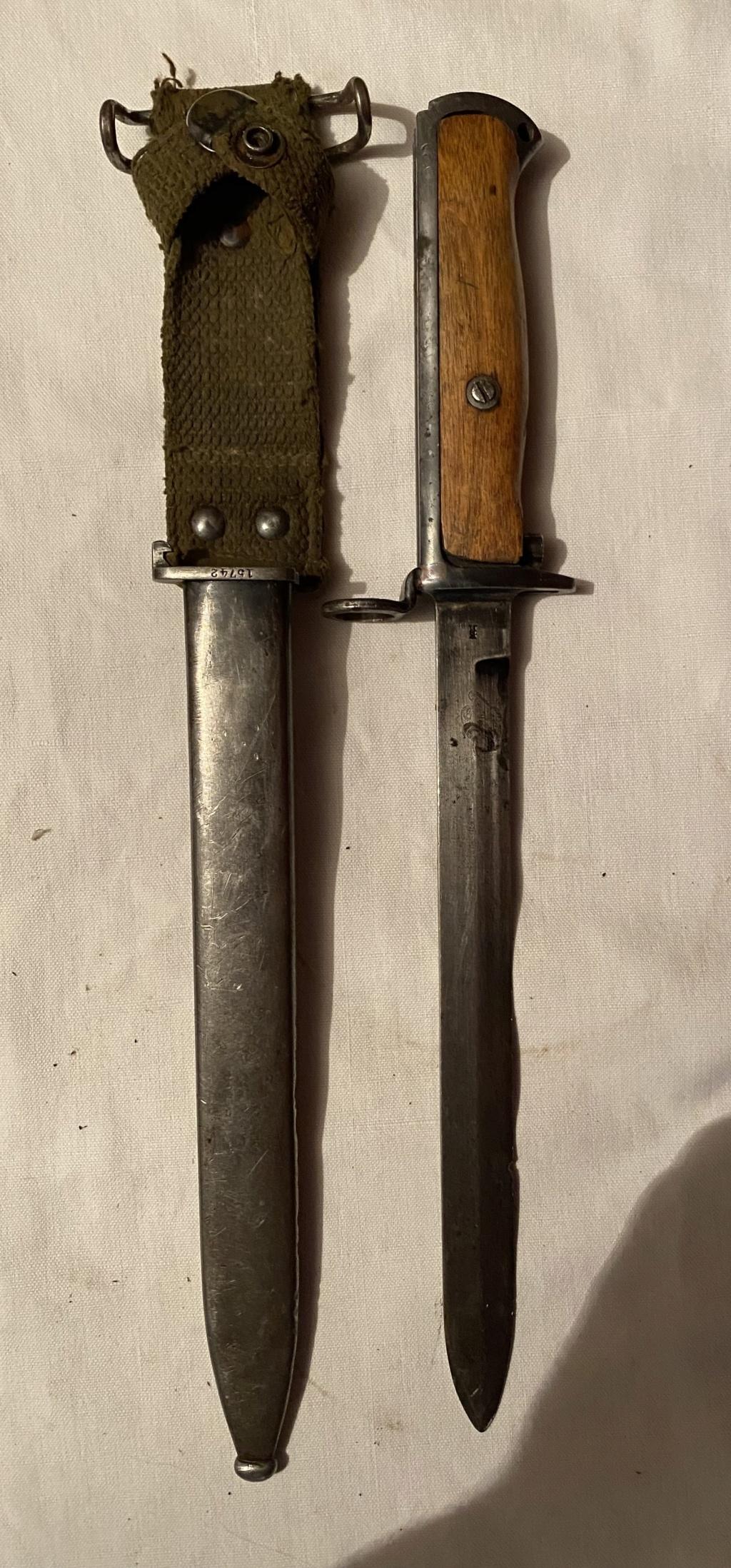 52 armes blanches ! Baïonnettes, dagues, toutes nationalités et époques ! Part 1 1_110