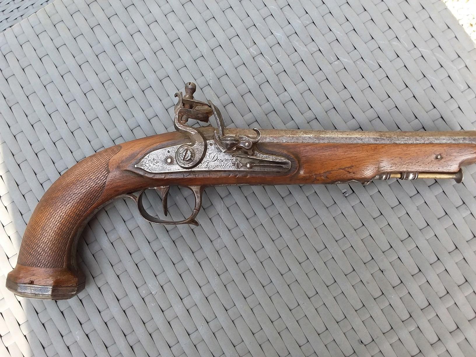 Lot de 4 armes à feu pour identification et estimation 20190812