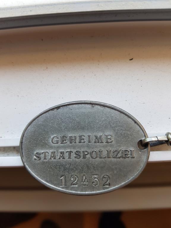 Plaque Police Allemande 20200410