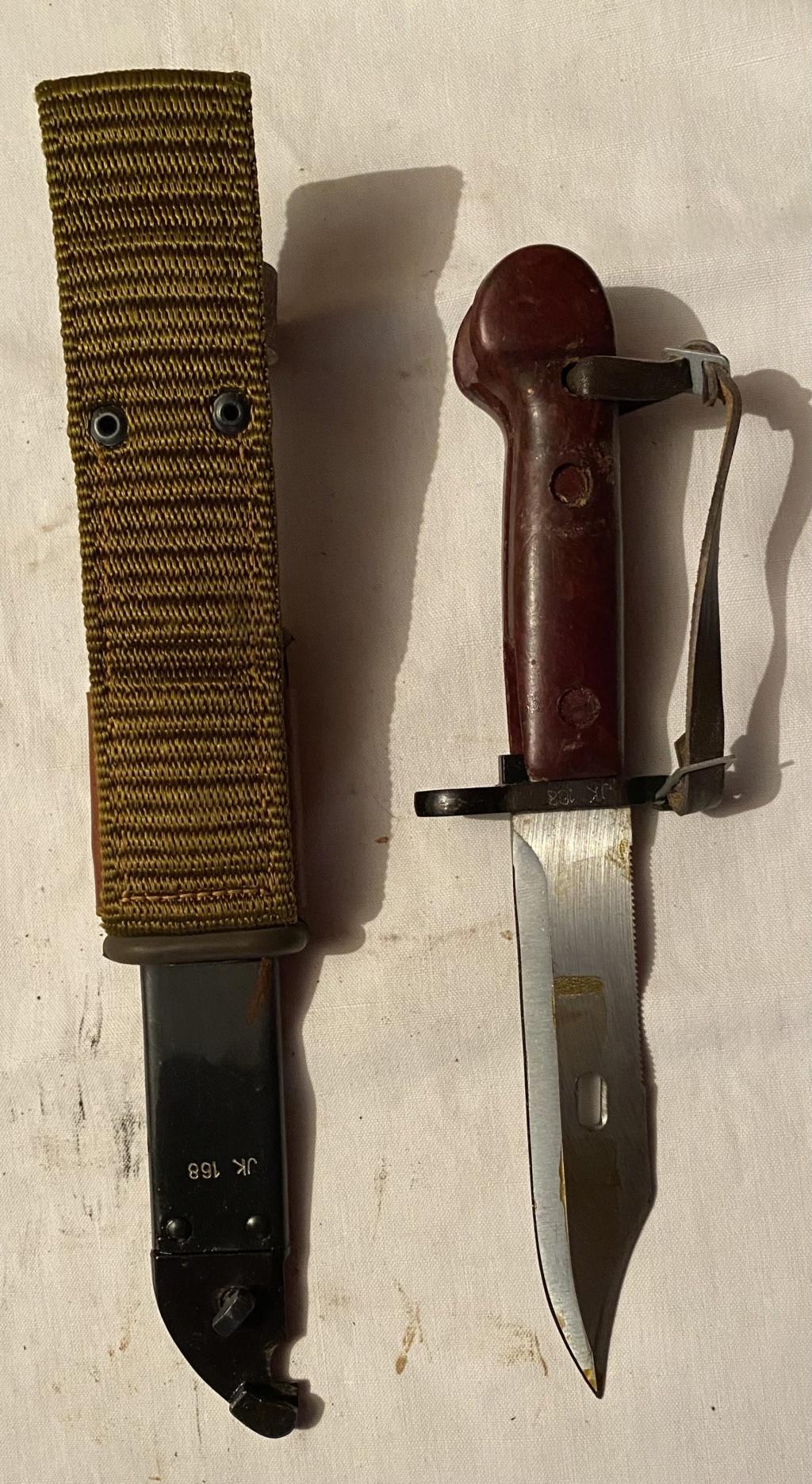 52 armes blanches ! Baïonnettes, dagues, toutes nationalités et époques ! Part 1 24_210