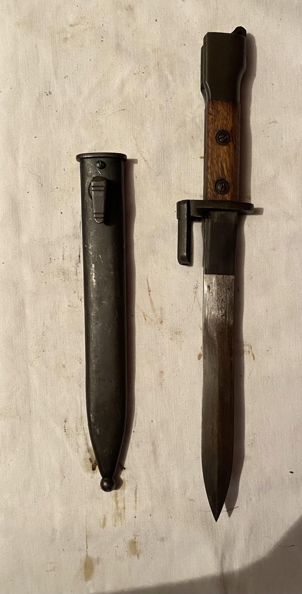 52 armes blanches ! Baïonnettes, dagues, toutes nationalités et époques ! Part 2 27_110