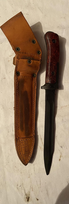 52 armes blanches ! Baïonnettes, dagues, toutes nationalités et époques ! Part 2 28_110