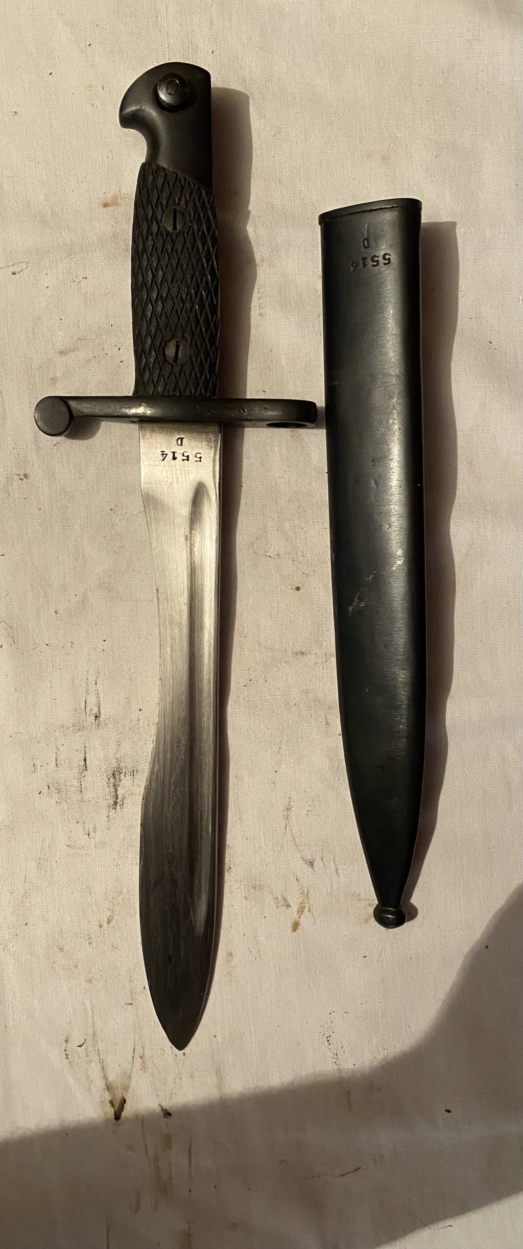 52 armes blanches ! Baïonnettes, dagues, toutes nationalités et époques ! Part 2 30_110