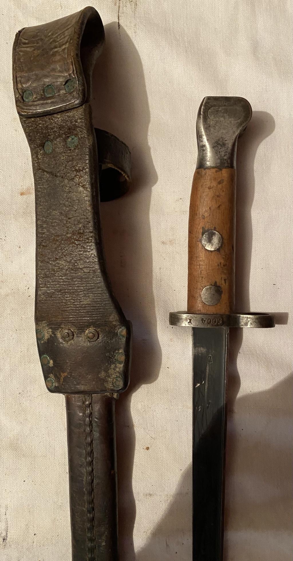 52 armes blanches ! Baïonnettes, dagues, toutes nationalités et époques ! Part 2 31_310
