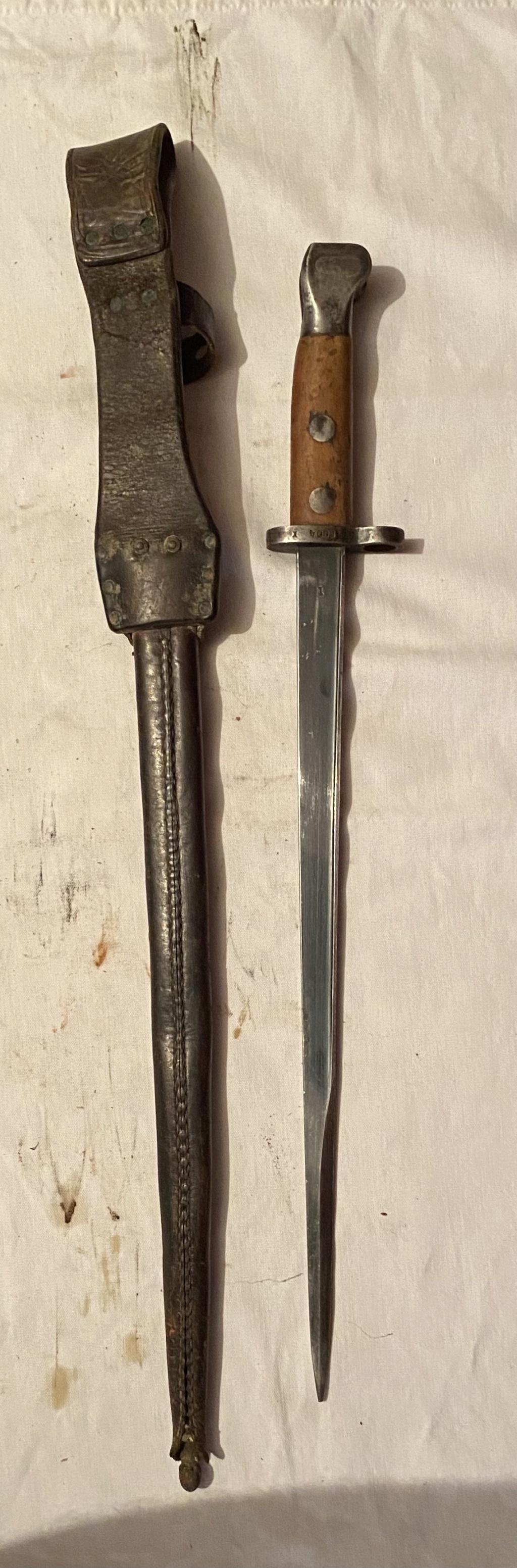 52 armes blanches ! Baïonnettes, dagues, toutes nationalités et époques ! Part 2 31_410