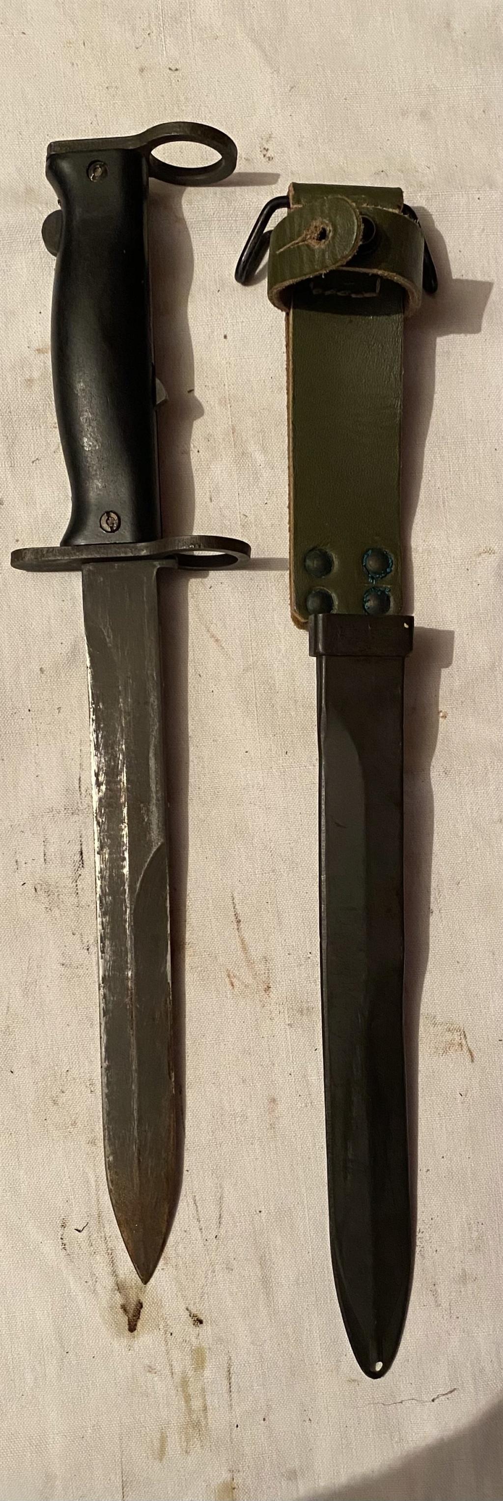 52 armes blanches ! Baïonnettes, dagues, toutes nationalités et époques ! Part 2 34_110