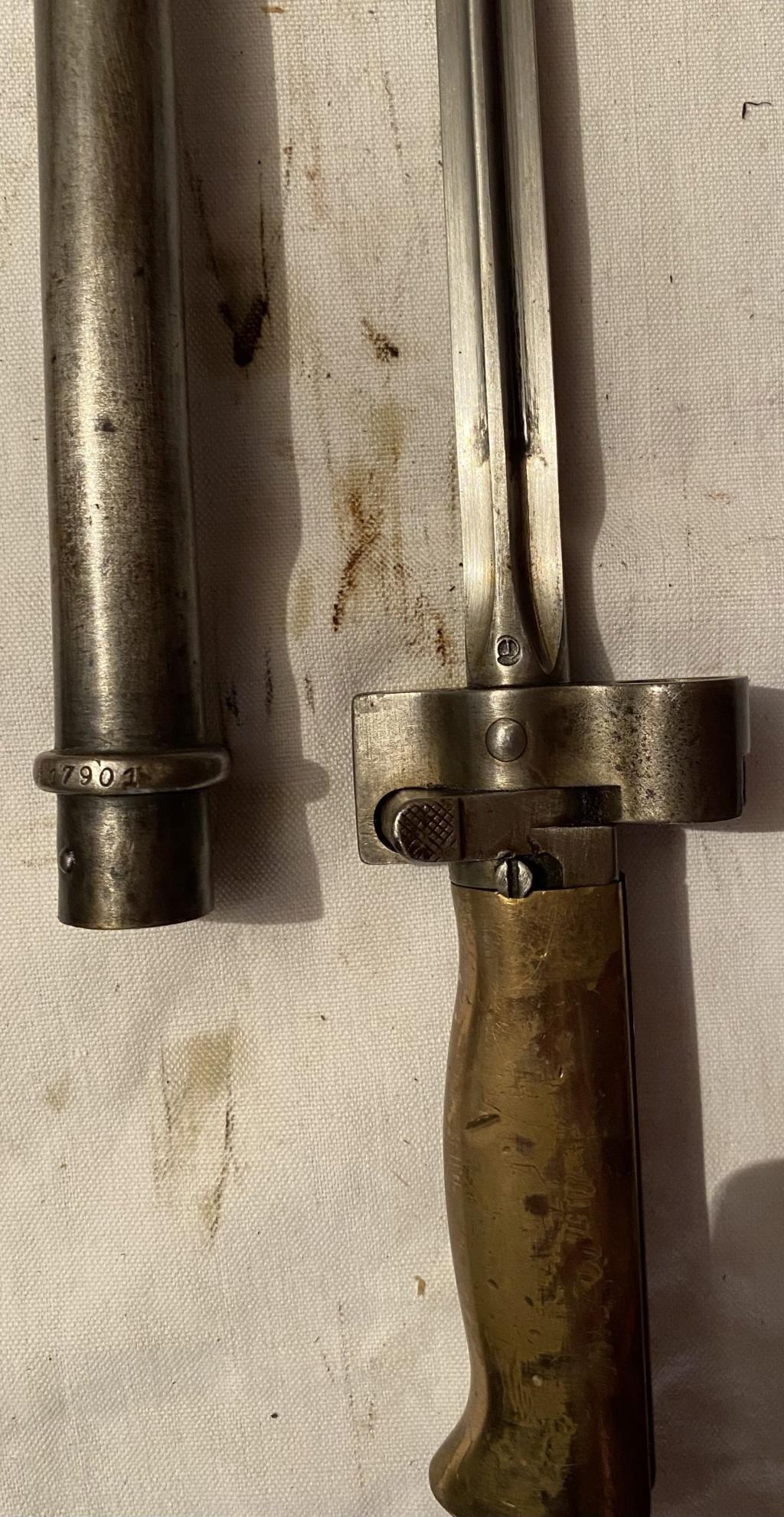 52 armes blanches ! Baïonnettes, dagues, toutes nationalités et époques ! Part 2 51_410