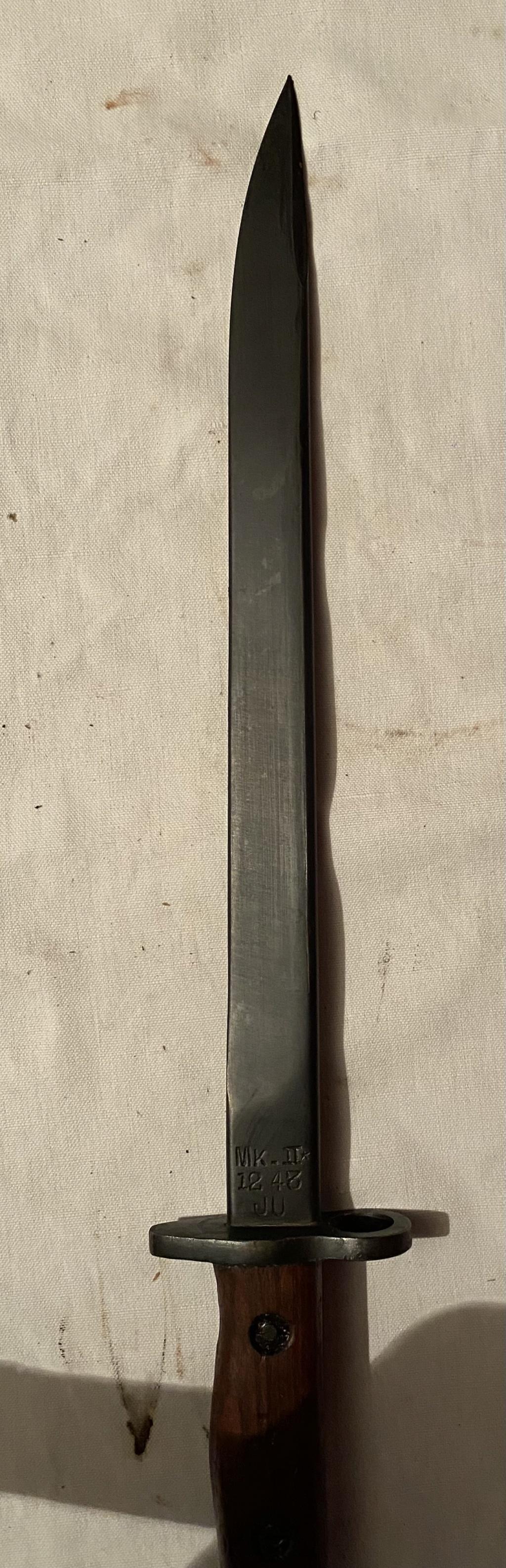52 armes blanches ! Baïonnettes, dagues, toutes nationalités et époques ! Part 1 7_310
