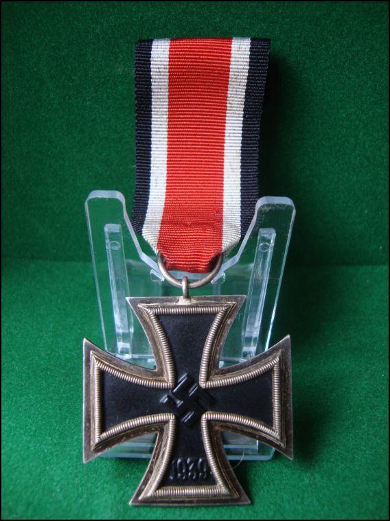 Vos décorations militaires, politiques, civiles allemandes de la ww2 Captur11