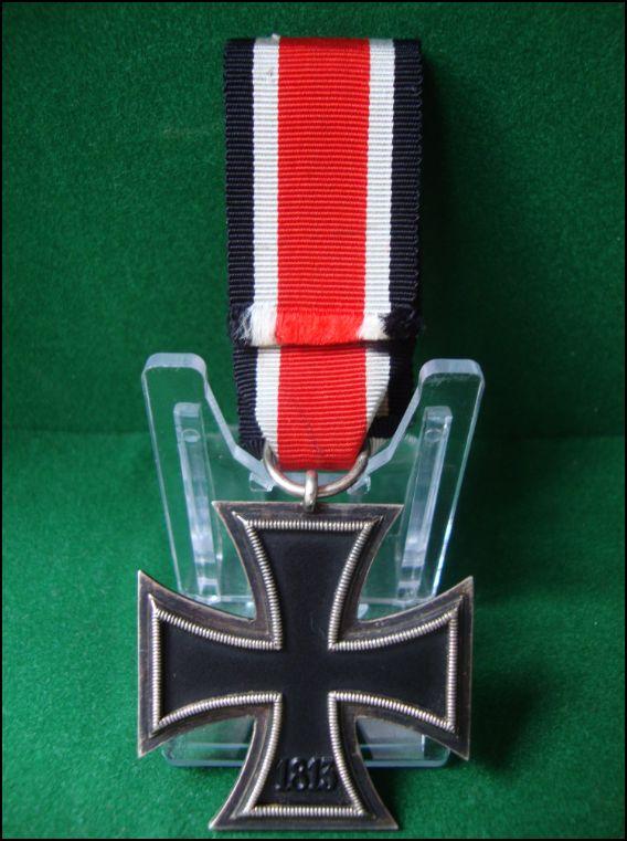 Vos décorations militaires, politiques, civiles allemandes de la ww2 Captur15