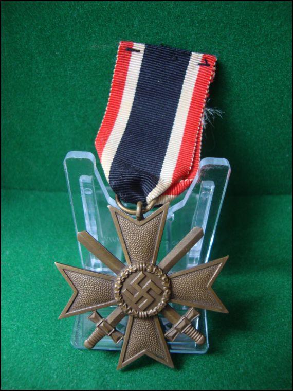 Vos décorations militaires, politiques, civiles allemandes de la ww2 Captur19