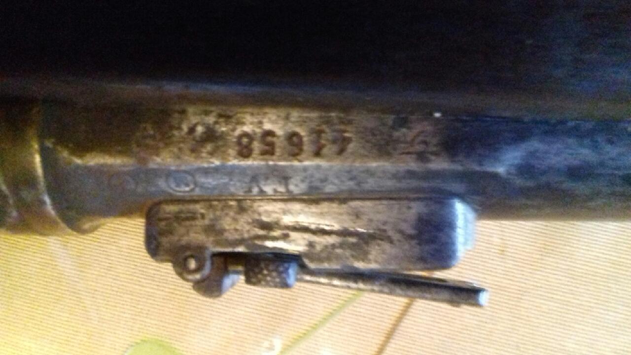 Lot de 4 armes à feu pour identification et estimation Img_2129