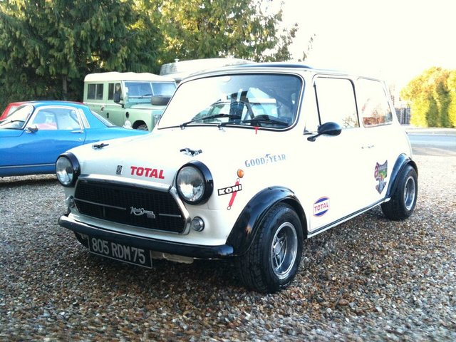 [Trooper] Clio 1 et Austin Mini 1f0bac10