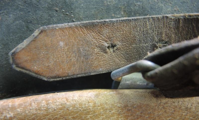 La jugulaire du casque allemand Dscn7030