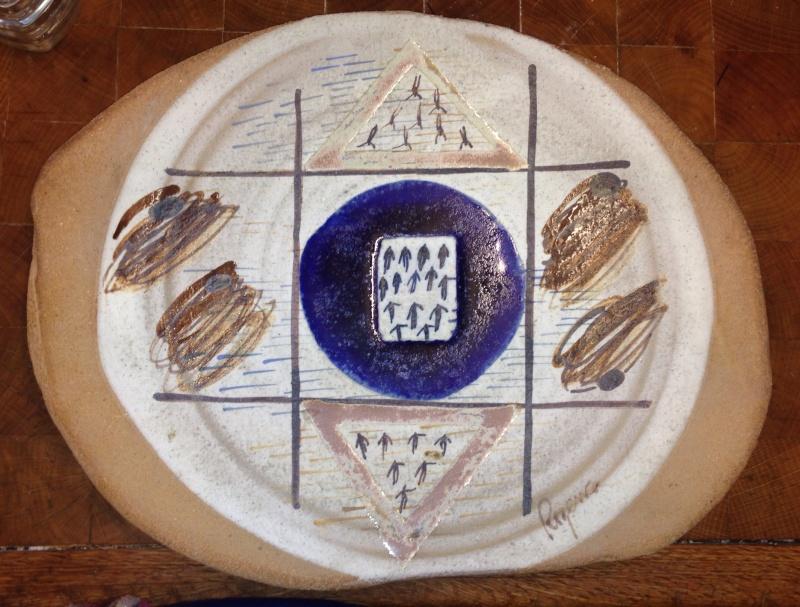 Large platter by Antonia Roig,  Rogenca Ceramista, Spain Img_3710