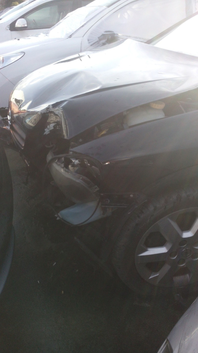 Astra G Coupe Bertone 1,8 115cv Jaune Capri - Page 5 Img_2012